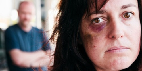 domestic.violence.battered.woman500x250